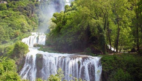 marmore waterfalls in umbria, activity holiday in umbria, single parent activity holiday