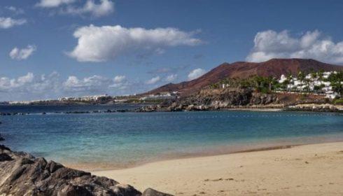 Flamingo Beach in Lanzarote, beach holiday in Lanzarote, single parent beach holiday
