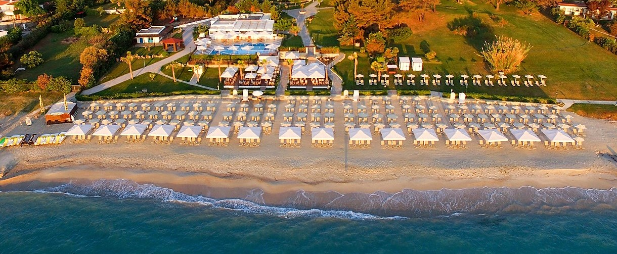 Picture of hotel and beach in Halkidiki