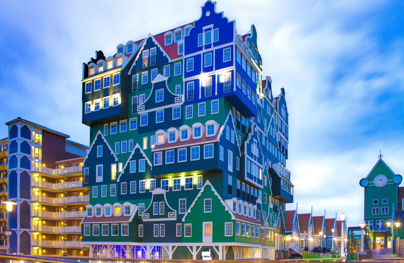city break in Amsterdam: colourfully painted house