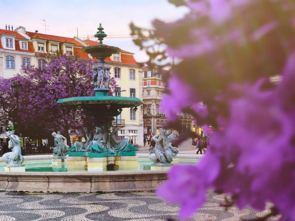 evening at a square in the Algarve on your visit of Portugal