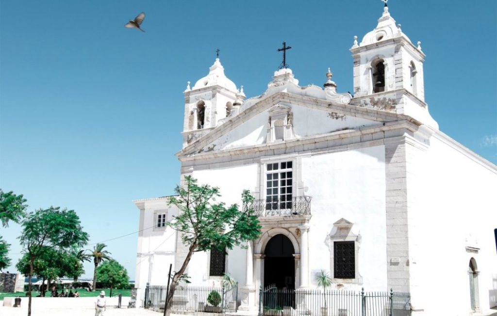 visit the cathedral in Lagos, Algarve