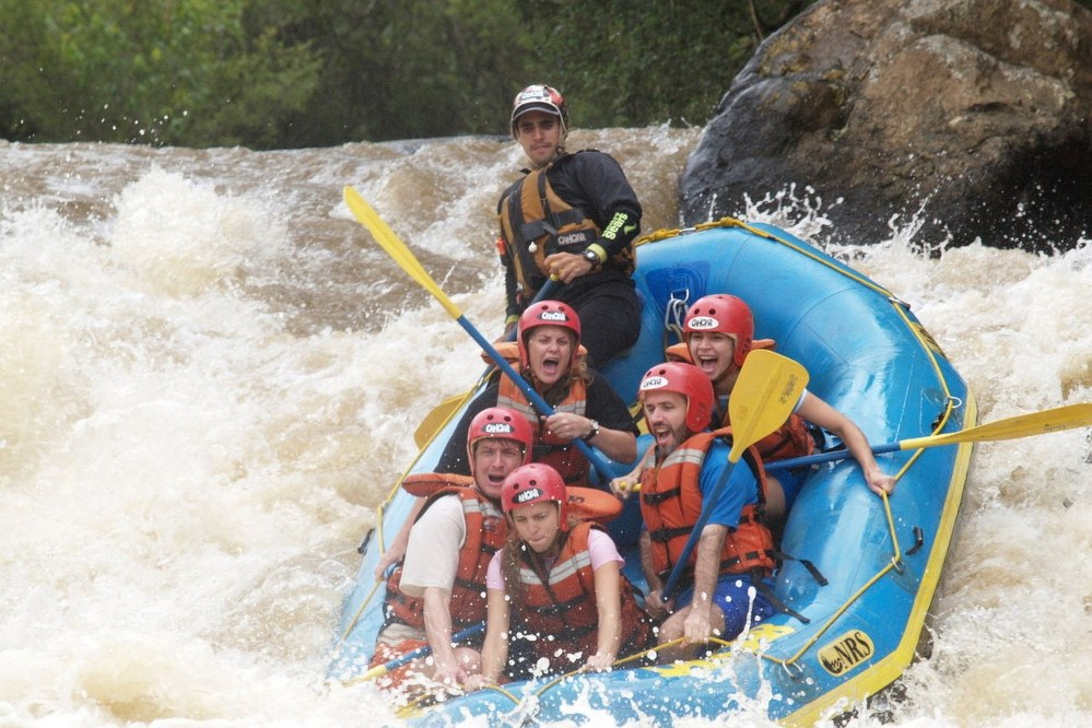 fun things to do with kids - rafting family