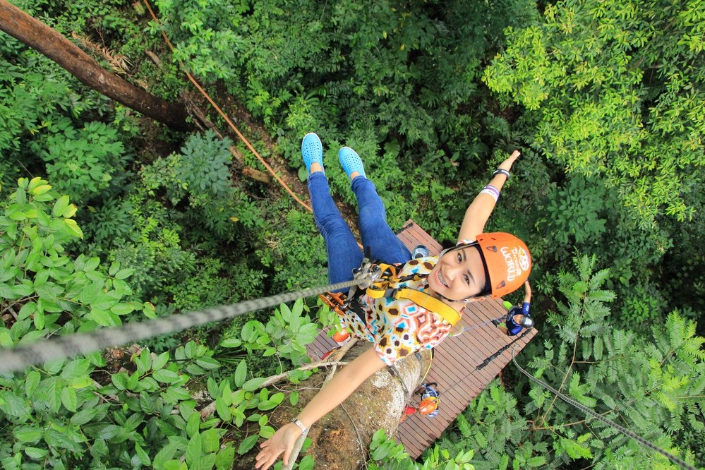 fun things to do with kids - high rope garden