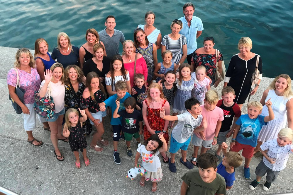 single parents meet on holiday