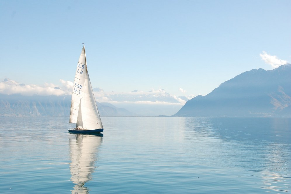 how to bond with kids on holiday - sailing yacht in Mediterranean