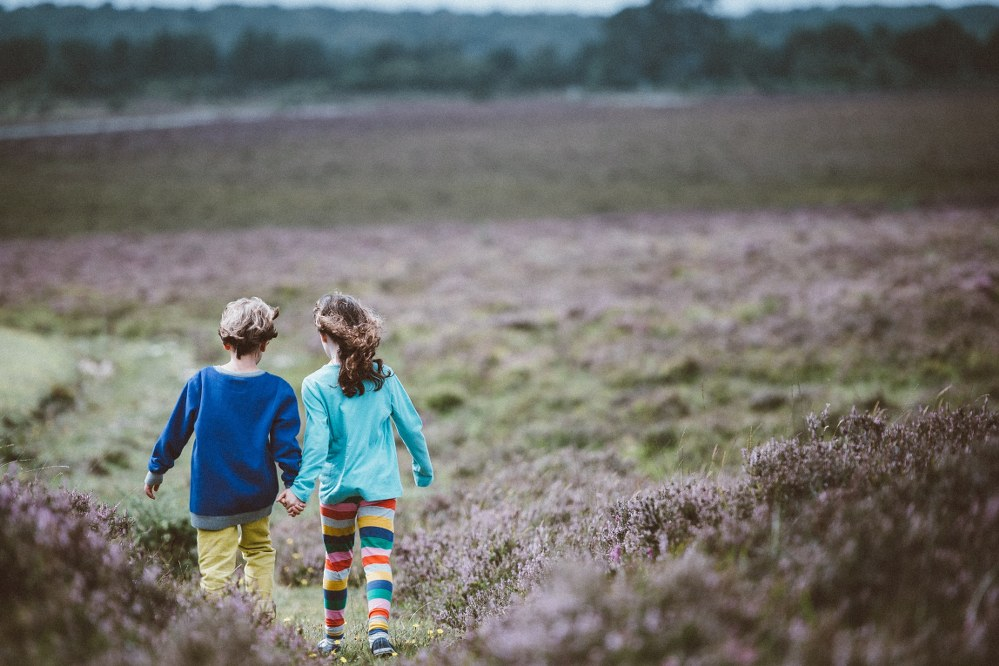 road trip with kids - children in countryside