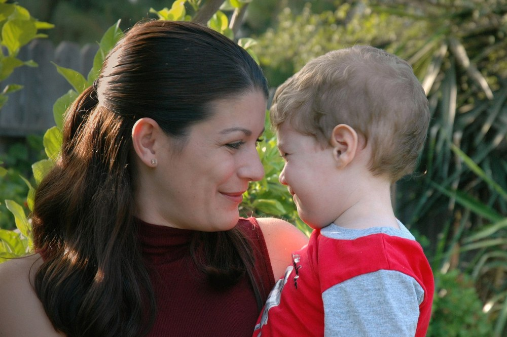 SINGLE PARENT STATISTICS - mum with young son
