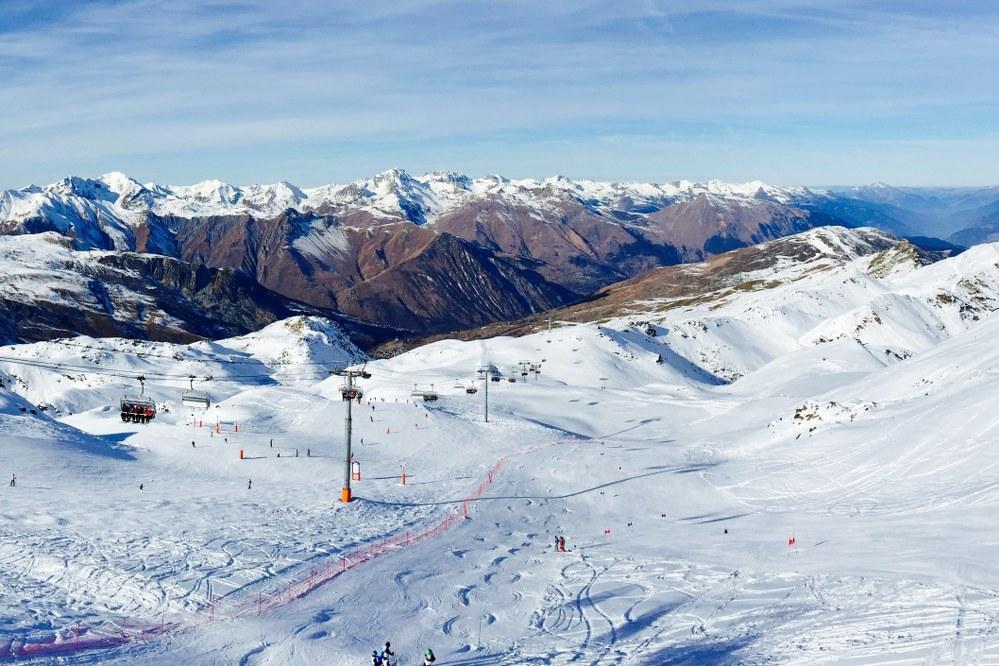 Meribel skiing in Trois Vallees - one of the best ski resorts 2020