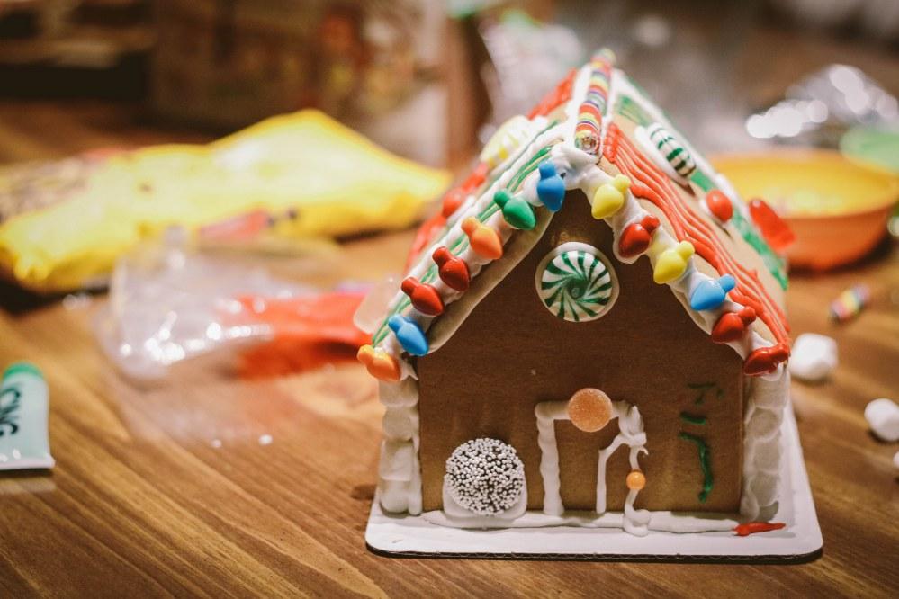 christmas baking - gingerbread house