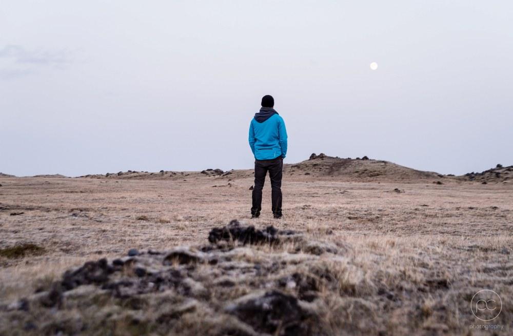 solo traveller enjoying solitude