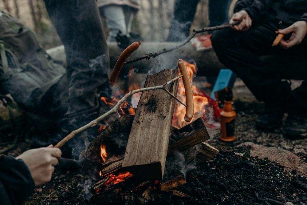 campsite BBQ - campervan holiday
