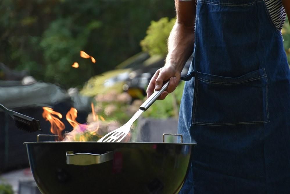 single parent caravan holidays - BBQ