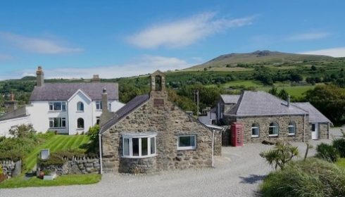single parent holiday UK - holiday cottages Bach Wen