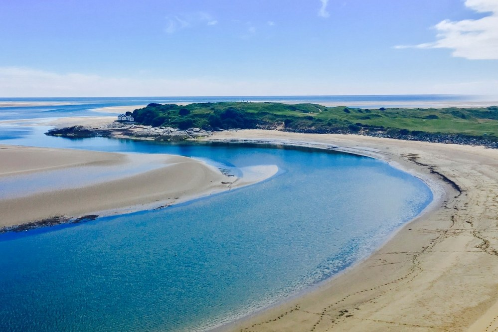 single parent holidays - beach in North Wales