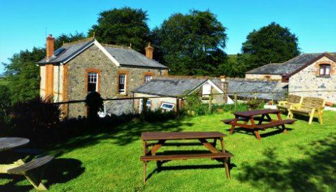 single parent UK holiday - cottages at Blackadon Farm