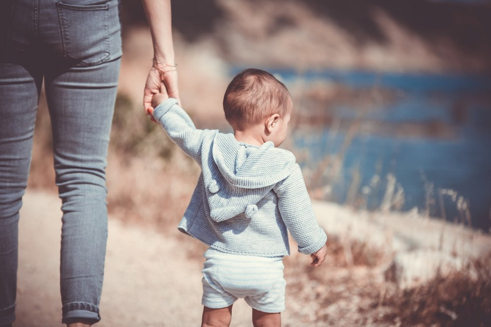 single parents and mental health: mum with toddler