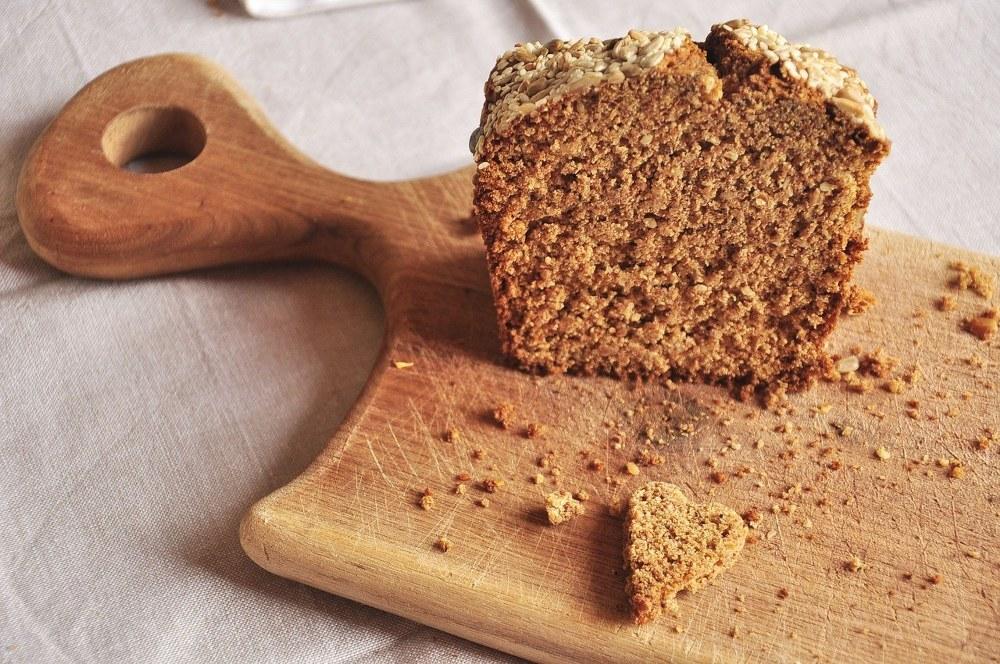 wholegrain bread for a balanced diet