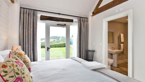 sinsingle parent break Peak District - bedroom