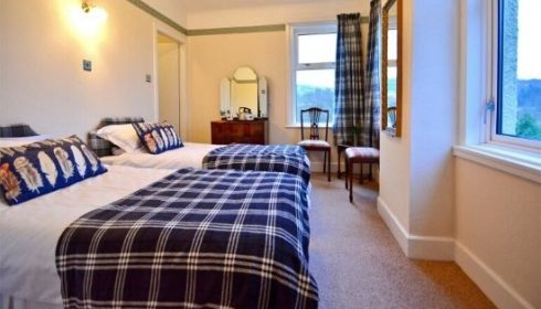 single parent holidays in Scotland - twin bedroom at Croot's House